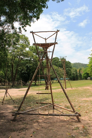 climbing cable: pyramid tower