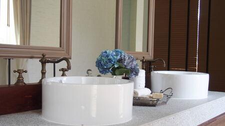 sinks: Hand washing sinks