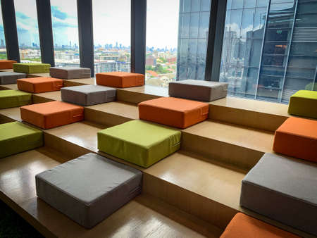 Bangkok, Thailand - June 2020 : Area of True digital park Co-Working Space on social distancing with luxury comfortable design for work as free and relax. Concept of creative cooperate work space. 免版税图像 - 157305815