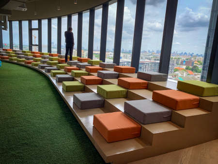 Bangkok, Thailand - June 2020 : Area of True digital park Co-Working Space on social distancing with luxury comfortable design for work as free and relax. Concept of creative cooperate work space. 免版税图像 - 157305790