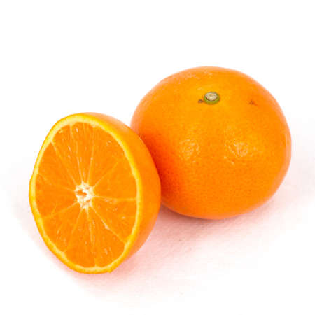biopsia: La biopsia de la naranja en el fondo blanco