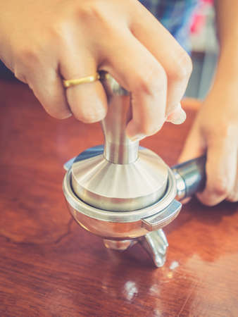 hot temper: Caf� de temperatura en el tono del color del vintage