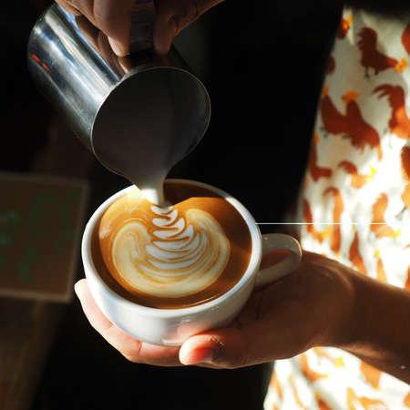 latte art coffee Standard-Bild