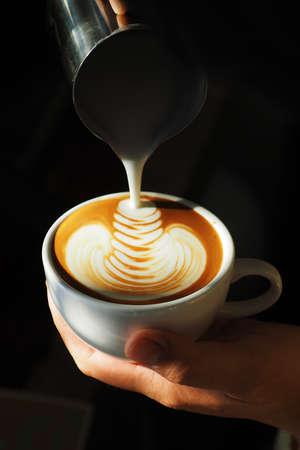 latte art coffee 版權商用圖片