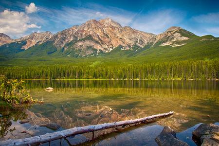 Amazing panorama view on Pyramid Lake