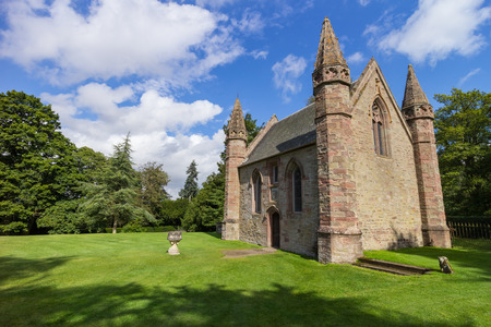 stone of destiny: Chapel on Moot Hill, next to famous Scone Palace, where all Scottish kings and queens have been crowned at the Stone of Destiny Stock Photo