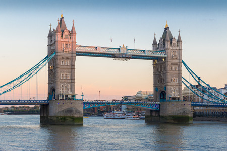 london tower bridge: View on world famous London Tower Bridge shortly before sunset on a clear late summer evening