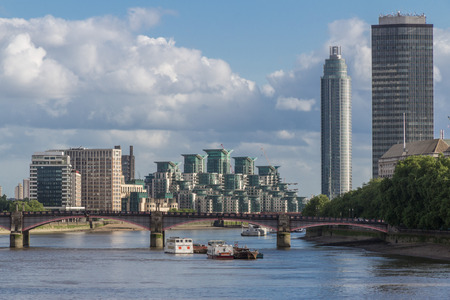 chelsea: View over the River Thames with skyscrapers and apartment buildings in the background