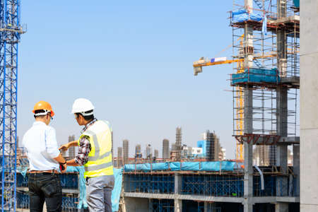 Ingenieurs en bouwplaatsen