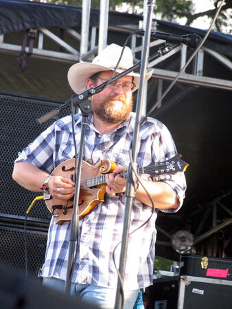 trampled: Austin, USA - October 12, 2012 - TRAMPLED BY TURTLES at Austin City Limits Music Festival