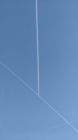 exact: crossing of planes in the sky Stock Photo