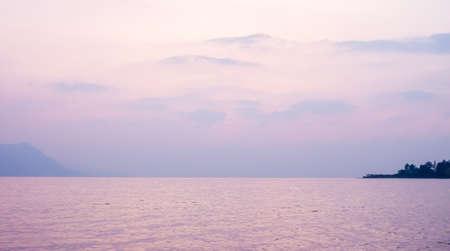 roze: Pink beautiful sunset over the Geneva lake surface