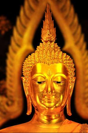 cabeza de buda: Cabeza de Buda Praputtachinaraj, Tailandia