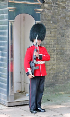 Queens guard soldier at buckingham palace