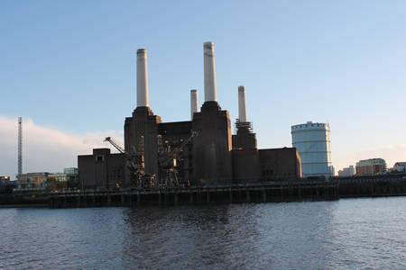 battersea: Battersea power Station on the River Thames, London