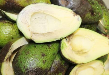 half cut: avocado half cut Stock Photo