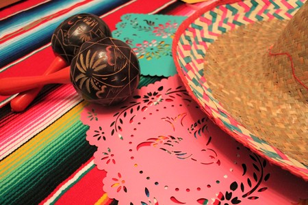 cinco de mayo sombrero maracas background fiesta Mexico poncho decoration bunting flags