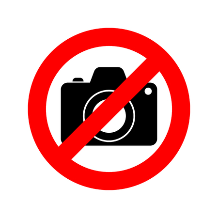 No Photo camera sign. Vector illustration. No photography sign, isolated on white background.  イラスト・ベクター素材