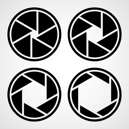 Ensemble d'icônes d'ouverture. Illustration vectorielle. Icône de mise au point. Icône de caméra isolée