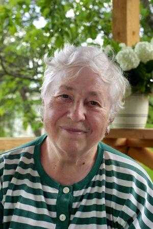 composure: Donna sorridente. Archivio Fotografico