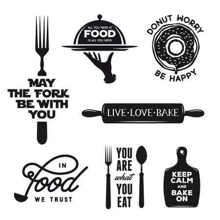 Voedselgerelateerde typografie set. Quotes over koken. Motieven formuleringen voor posters en prints. Keukengerei silhouetten. Vintage vector illustratie.