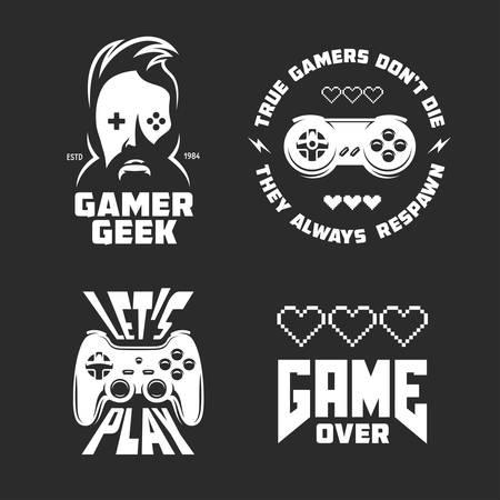 レトロなビデオゲーム関連 t シャツ デザイン セットです。ゲームについての引用。ベクトル ビンテージ イラスト。