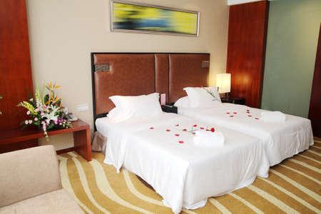 hotel bedroom: Warm hotel rooms, Hotels standard room
