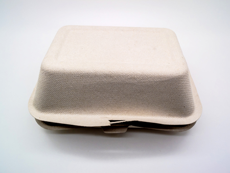 biodegradable material: Bagasse Box made from 100% plant fiber, made from 100% biodegradable and  compostable. bagasse which is plant material after extraction of juice from  sugarcane. Microwave and freezer safe, good for both hot and cold item, Soak  proof, have no plastic or