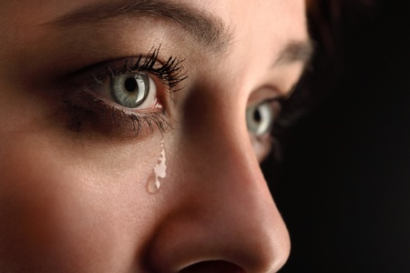 mujer llorando: belleza de mi nena