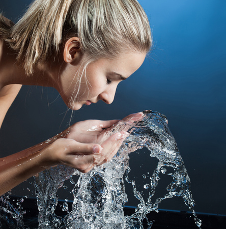 wash face: beauty girl wash face