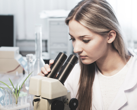 Beauty scientist in chemical laboratory Imagens