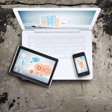 Laptop, Tablet PC und Smartphone Standard-Bild - 30827267