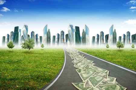signos de pesos: Automático en el camino de la carretera con la ciudad y el cielo azul, concepto de negocio