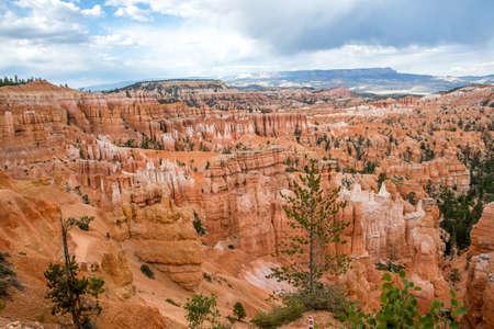 A natural rock formation of Red Rocks Hoodoos in Bryce Canyon National Park, Utah 版權商用圖片 - 168414724
