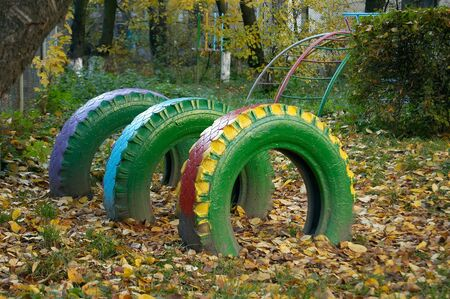 suffusion: Tire covers from the automobile are driven in the ground