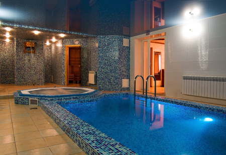 room in a sauna with a small swimming pool Standard-Bild