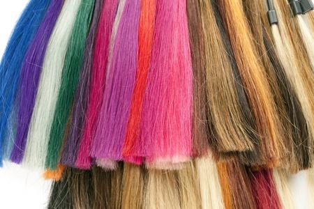 tinte cabello: paleta de pelos aislados en el fondo blanco
