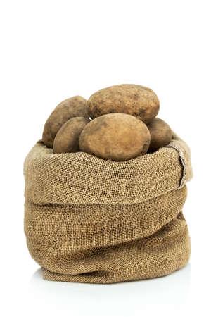 Saco de patatas crudas