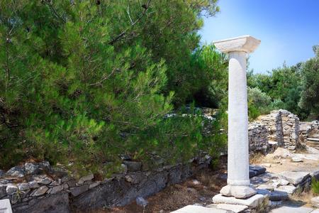 completa pilar conservados de la antigua ciudad