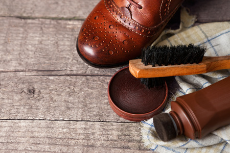 Shoe and shoe cleaning accessories, cloth, brush and wax