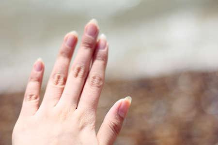 fingers: female fingers