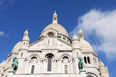 Sacre-Coeur Basilica, Montmartre, Paris Stock Photo - 15764760