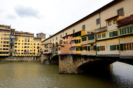 vechio: Ponte Vecchio on Arno river. Florence, Italy.