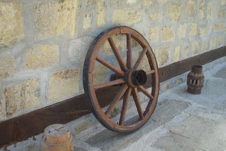 waggon: Decorative wheel part of old waggon