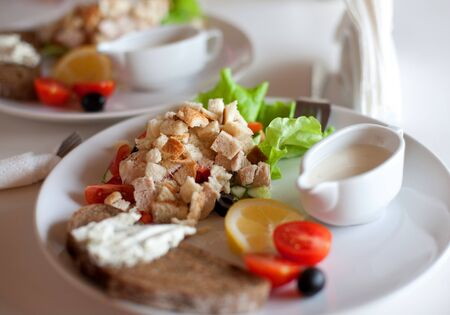 伝統的なシーザー サラダ