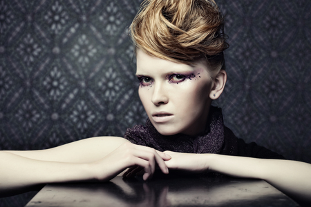Beautiful Creative Fashion Makeup. Banque d'images - 124788116