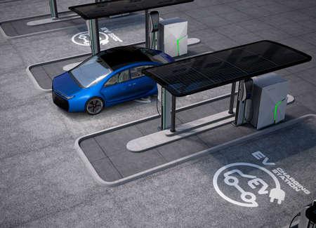 station de charge électrique du véhicule dans l'espace public. Le support spot de charge par des panneaux solaires, des batteries de stockage. Banque d'images