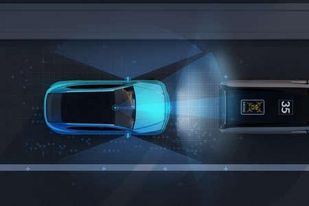 Vista aerea della frenata di emergenza SUV blu per evitare incidenti stradali. Concetto di frenata di emergenza automatica (sistema di frenata di emergenza). Scena notturna. Immagine di rendering 3D.