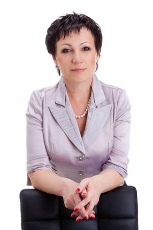 close-up Porträt Geschäftsfrau stützte sich auf einen Stuhl über Weiß Standard-Bild