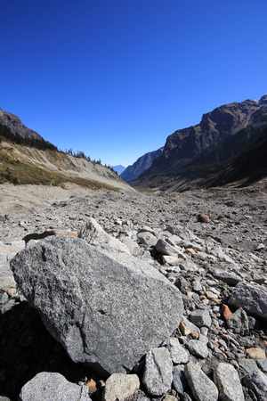 low angle view of a rocky mountain slope Imagens - 85415192